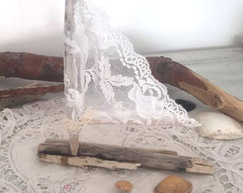 """Pretty romantic sailboat and so shabby"" lace"