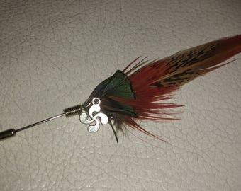 Brooch or hat plume