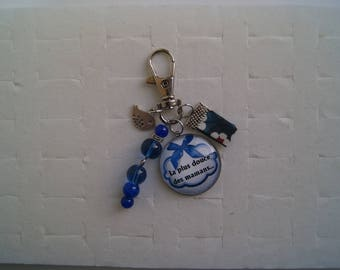"""""""The sweetest of moms"""" cabochon bag charm"""