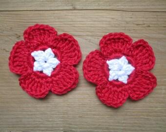 set of 2 red and white flowers crochet 6 cm diameter