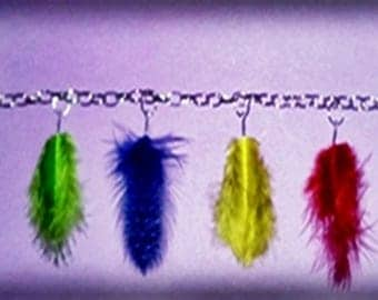 Bracelet with feathers