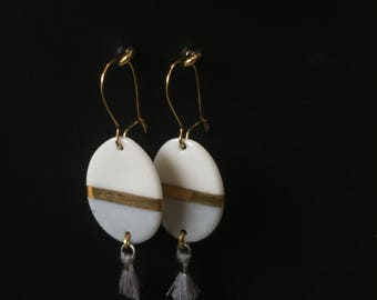 Small oval earrings in porcelain