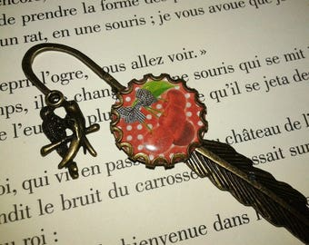 Bookmark feather - fantasy - 'dots red and beige - cherries' cabochon