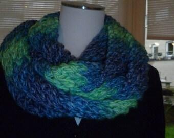 Choker / snood hand knit soft