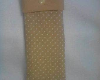 Beige sunglasses pouch with white dots