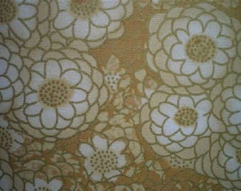 patchwork fabric with flowers Golden ref 120512 b.