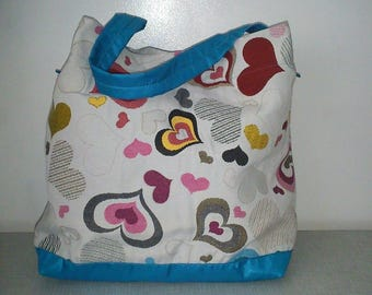 Heart color underneath, waterproof fabric bag