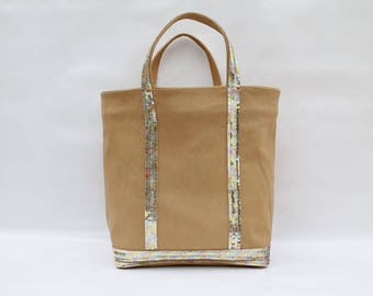 New shopping bag in Tan Leather clear with yellow-gold sequins faceted