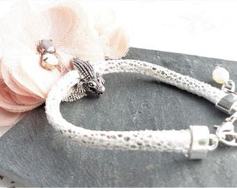 Kit bracelet White leather cord and silver bead shell from crocodile, swarovski crystal bead