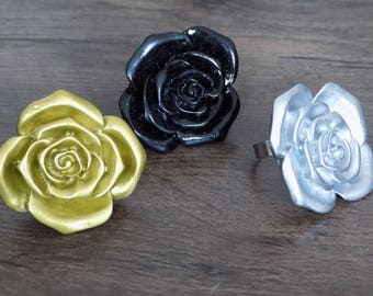 SET colors gold, silver black flower ring