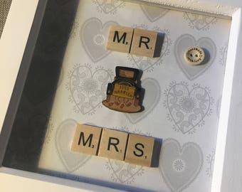 Scrabble wooden letters 'Mr & Mrs' wedding gift box memory frame