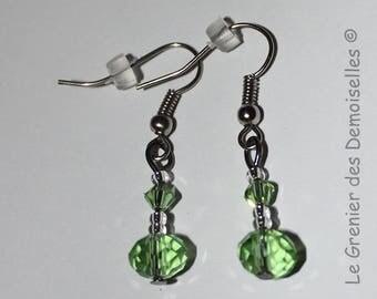 Pair of green Crystal dangling earrings
