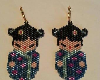 novelty Kokeshi earrings beadwoven peyote