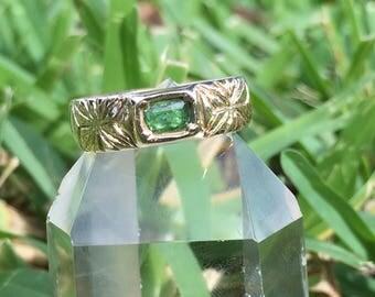 14k gold Tsavorite Garnet Asanoha ring