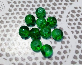 Set of 10 green Crackle glass beads 6 mm in diameter