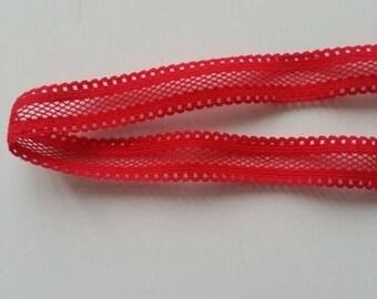 bandeau cheveux  elastique extensible  de couleur rouge   idéal pour bébé