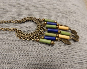 Necklace bronze tone Indian blue green yellow feathers