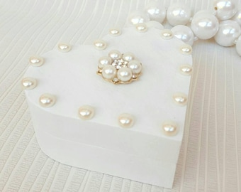 Wedding ring box white with pearls Heart shaped wedding ring holder Ring bearer box Ring holder Engagement ring box Heart ring box wood