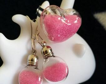 Sandblasted filled heart ring