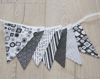 Kit sewing Bunting Garland black and white