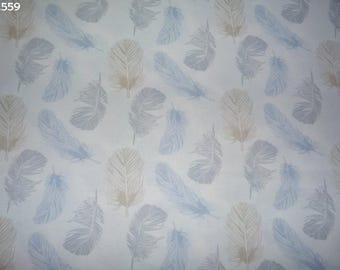 Fabric C559 feathers blue/grey/beige coupon 50x50cm