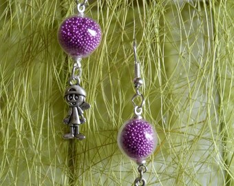 SPHERE OF GLASS AND PEARLESCENT PINK EARRINGS