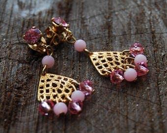Pretty In Pink Vintage Dangling Earrings