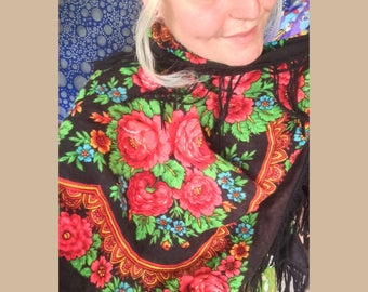 Bohemian 1970s Floral Romany Gypsy style Shawl