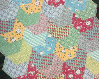 Splash quilt, lap quilt, throw quilt, handmade