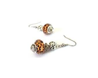 Retro earrings, Tiger beads