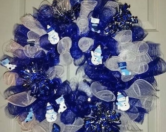 Blue and white deco mesh christmas wreath