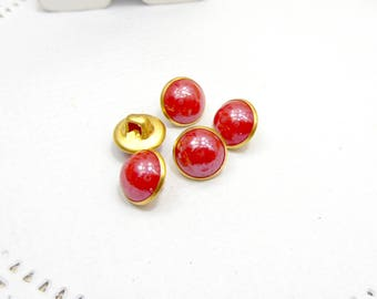 10 x red effect resin buttons round 9 mm
