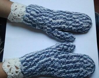 Fingerless mittens blue melange and ecru with ecru crochet lace cuff