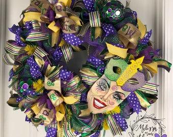 Deco Mesh Mardi Gras Painted Face Wreath, Mardi Gras Wreath, Mardi Gras Door Decor Mardi Gras Party Decor, Mardi Gras Theme Decoration