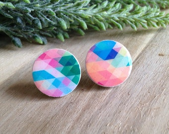 Wooden stud earrings with colourful geometric pattern
