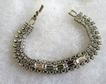 Vintage Woman's Rhinestone Clasped Paste Bracelet, Bridal Wear