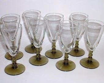 Green Stemmed Cordial Glasses // Green Stemmed Wine Glasses // Cordial Glasses // Set of Eight Wine Glasses // Green Wine Glasses Cordials