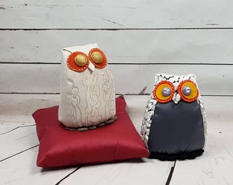 Gufetto door or bookends in a shabby style