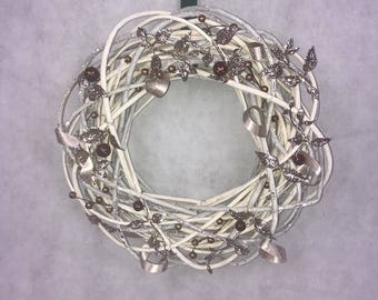 White willow holiday Christmas wreath