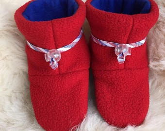 Red and blue warm fleece child's slipper, booties, soft sole shoe from Toggle Toes in preshool size 24-36  months, child's shoe size 7-8