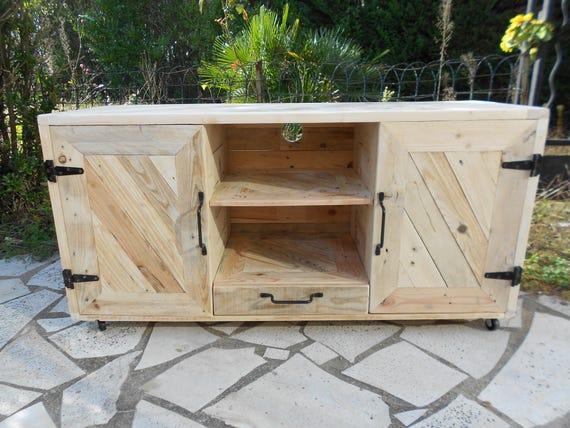 meuble tv en bois de palettes. Black Bedroom Furniture Sets. Home Design Ideas