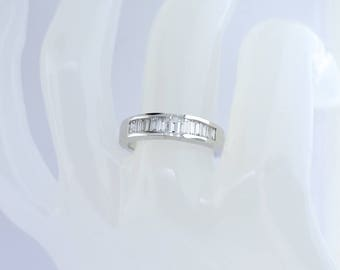 18k White Gold And Baguette Cut Diamond Wedding Band. Size 6.25