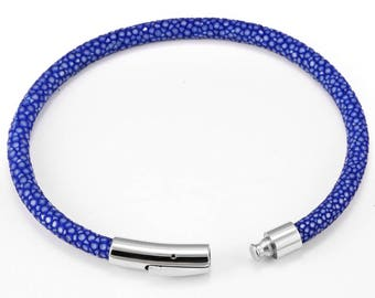 Exquisite Blue Stingray Leather with Stainless Steel Magnetic Clasp