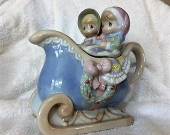 Vintage Precious Moments Sugar Town Couple in Sleigh Teapot