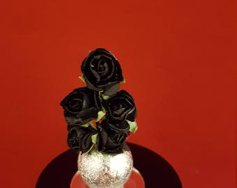 Cleopatra Floral Arrangement