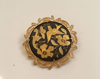 Damascene black and gold 1940's-50's vintage brooch