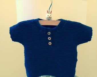 Short sleeved sweater