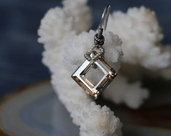 "Silver, geometric earrings ""Ecce"" (Swarovski Square)"