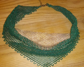 "Emerald and gold ""bandana"" necklace"
