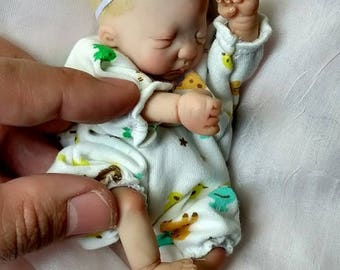 Mini Doll OOAK HAND SCULPTED Polymerclay Doll Baby Girl # 364